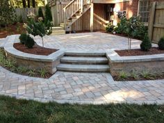 """Outstanding """"patio pavers ideas"""" information is offered on our internet site. Read more and you wont be sorry you did. Outdoor Patio Designs, Diy Patio, Budget Patio, Casa Petra, Raised Patio, Concrete Patio, Patio Stone, Flagstone Patio, Backyard Landscaping"""