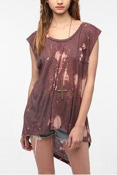 DIY shirt.......old shirt and chlorine