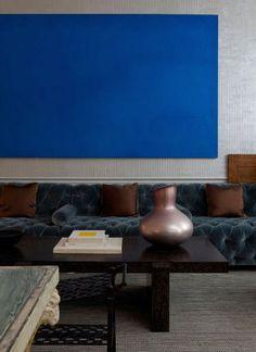 ♂ Masculine interior design with bold blue colors Living Room Inspiration, Interior Design Inspiration, Interior Architecture, Interior And Exterior, Blue Rooms, Apartment Design, Interiores Design, Pantone, Interior Decorating