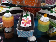 The Welcome Home Brands Festive collection of paper bakeware adds a fun flair to strawberry shortcake, angel food cake and other summertime desserts.