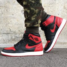 "Air Jordan 1 Retro High ""Bred"" '17"