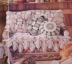 Romantic Crochet Home Decor, Couch Covers, Victorian Fashion, Crochet Projects, Love Seat, Crochet Patterns, Romance, Bling, Sofa