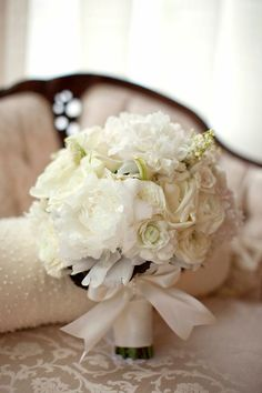 Sophisticated DC Wedding from A. Dominick Events. To see more: http://www.modwedding.com/2014/09/05/sophisticated-dc-wedding-dominick-events/ #wedding #weddings #bridal_bouquet