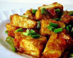 - For vegetarians, tofu is a great substitute for dishes which crucially need meat. Maybe it's because the texture of tofu is similar to meat, which makes it a good substitute for meat in several non-vegetarian dishes. Stir Fry Recipes, Tofu Recipes, Bean Recipes, Vegetable Recipes, Vegetarian Recipes, Cooking Recipes, Healthy Recipes, Stir Fry Beans, Tofu Stir Fry