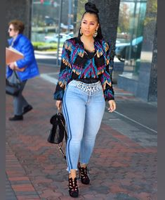 One of a kind once in a life time. Cute Outfits With Jeans, Dope Outfits, Stylish Outfits, Girl Outfits, Fashion Outfits, Thick Girl Fashion, Dope Fashion, Urban Fashion, Fashion Looks