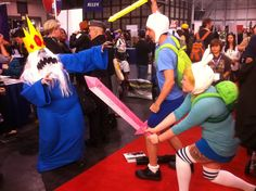 My favorite Finn & Fionna cosplay (Ice King is awesome!)