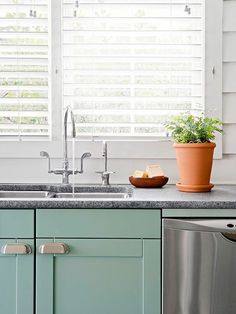 Make a Small Kitchen Look Larger