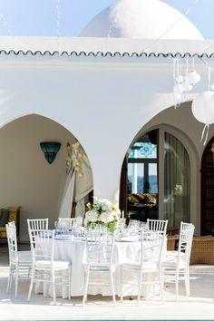 Hochzeitsreportage Michi und Nina | Ibiza #Christina_Eduard_Photography #Hochzeit #Ibiza #Weiße_Hochzeit #Hochzeitstafel #tischgedeck #Dekoration #Hortensien
