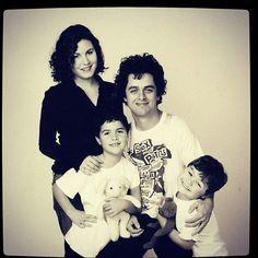 Billie Joe Armstrong and family <3