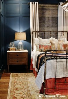 love this color combo for a bedroom!