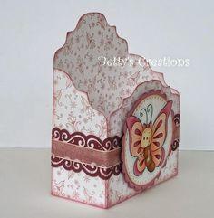 tutorial and template box - Beautiful DIY Printable Box, Printables, 3d Paper Crafts, Pretty Box, Marianne Design, Craft Box, Card Tutorials, Diy Box, Craft Fairs