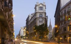Улицы Барселоны на закате