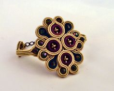 Soutache and beads. Golden Peacock by MollyG Designs Soutache Bracelet, Soutache Jewelry, Types Of Embroidery, Beaded Embroidery, Soutache Tutorial, Jewelry Crafts, Handmade Jewelry, Diy Accessoires, Cuff Bracelets
