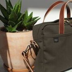The days of using an unorganized briefcase are over! @joshuvela's Zip Briefcase is the perfect solution for your over cluttered bag. #sportique #sportiquesf #discovercuration