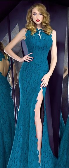 Very flattering, and great color...love how the arms are cut...good coverage!  Bien Savvy