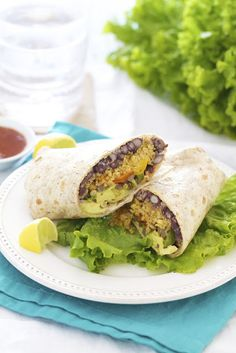 Epicurean Mom: Southwestern Quinoa Wrap {Vegetarian} with Chipotle Dressing I Love Food, Good Food, Yummy Food, Tasty, Vegetarian Recipes, Cooking Recipes, Healthy Recipes, Cooking Tips, Vegetarian Sandwiches