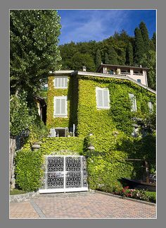 House in Varenna, Italy  by Les Cornwell Photos, via Flickr