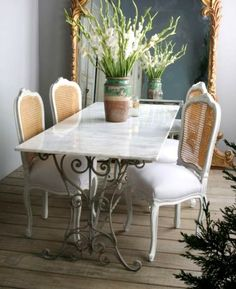 marble table top with scroll iron and french chairs French Decor, French Country Decorating, Antique Dining Tables, French Chairs, Iron Table, French Furniture, Table And Chairs, Table Bases, Wood Chairs
