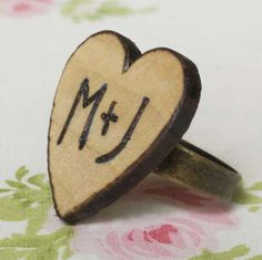 Super cute! I wish I had a woodburner to make this with...lol