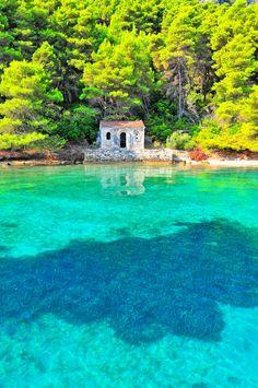 Abandoned church in Kalamos, Peloponnese Western Greece n de Io Island_ Greece