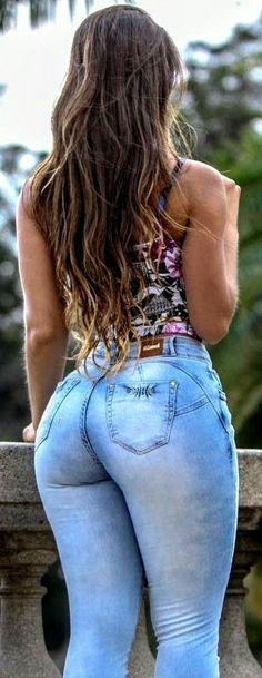 Sexy Jeans, Superenge Jeans, Skinny Jeans, Curvy Women Fashion, Girl Fashion, Fashion Outfits, Musa Fitness, Cute Comfy Outfits, Curvy Outfits