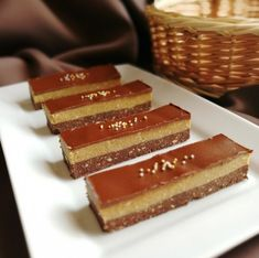Kapucsínós kekszszelet Recept képpel - Mindmegette.hu - Receptek Eat Pray Love, Tiramisu, Cheesecake, Food And Drink, Sweets, Chocolate, Ethnic Recipes, Desserts, Cappuccinos
