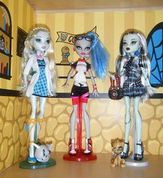 Free Printable Monster High Dollhouse | Printable Dollhouse Pages Monster High Dolls