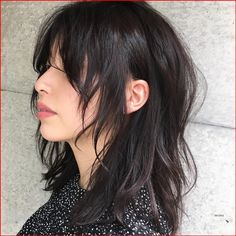 Hairstyles Haircuts, Pretty Hairstyles, Medium Shag Hairstyles, Modern Hairstyles, Pelo Ulzzang, Hair Inspo, Hair Inspiration, Short Grunge Hair, Short Punk Hair