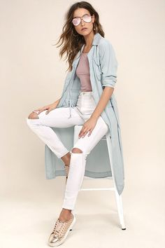 We'll take the winding road if it leads us to the Highways and Byways Light Blue Chambray Jacket! This lightweight, woven chambray jacket has cozy long sleeves (with button cuffs), a notched collar, and exposed antiqued gold zipper front. Bodice has flap and side-seam pockets, plus a hidden drawstring waist.