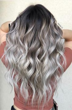 44 The Best Hair Colour Ideas For A Change-Up This Year, Gorgeous Balayage Hair Color Ideas – Blonde ombre hair, Balayage Highlights,Beachy balayage hair color – Favorites Hair Styles Ombre Hair Color, Hair Color Balayage, Cool Hair Color, Curly Hair Colours, Ash Blonde Balayage Silver, Light Hair Colors, Hair Colour Ideas, Greyish Blonde Hair, Silver Blonde Hair