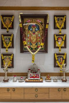 Temple Design For Home, Indian Home Design, Indian Home Decor, Pooja Room Door Design, Home Room Design, Living Room Designs, Architect Design House, Kitchen Cupboard Designs, Puja Room