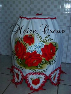 capa de botijão com pintura e croche
