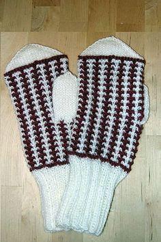 Ulla 03/05 - Neuleohjeet - Ailin lapaset Wrist Warmers, Knitting Socks, Knit Socks, Knitting Accessories, Houndstooth, Fingerless Gloves, Christmas Stockings, Knitting Patterns, Knit Crochet