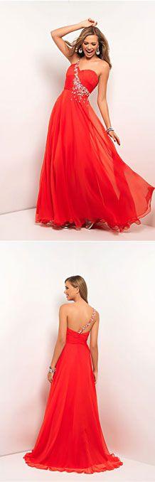 Pretty in red Prom dress