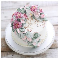 wedding cakes romantic Repost ivenoven Focus on what matter most Thank you for order - enjoy - repeat - repeat again Gorgeous Cakes, Pretty Cakes, Cute Cakes, Amazing Cakes, Flores Buttercream, Buttercream Cake, Torta Hello Kitty, Painted Cakes, Dessert Decoration