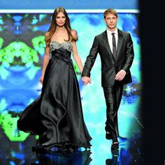 #TBT the beautiful top model @biancabalti with the talented actor #giorgiopasotti on #EnricoCoveri catwalk for the Fall\Winter 2011/2012 collection. #topmodel #colours #actor #biancabalti #Coveri #fashion #catwalk #fashionshow #instafashion