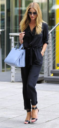 Rosie Huntington-Whiteley perfect look in a navy #jumpsuit