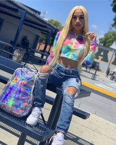 minimalistic less is more ladies lady women stylish urban culture look trend styles chic street fashion fashionable casual jeans Swag Outfits For Girls, Teenage Outfits, Chill Outfits, Cute Swag Outfits, Dope Outfits, Teen Fashion Outfits, Trendy Outfits, Summer Outfits, Fashion Bags