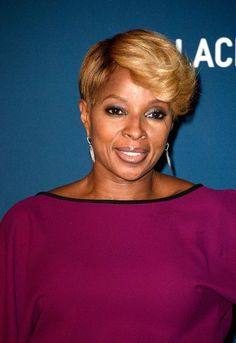 Mary J Blige Short Hairstyles 2013 . Unique Mary J Blige Short Hairstyles 2013 . African American Short Hairstyles 2013 Mary J Blige Inverted Bob Short Bob Hairstyles, Celebrity Hairstyles, Black Women Hairstyles, Hairstyles With Bangs, Braided Hairstyles, Cool Hairstyles, Hairdos, Short Hair Cuts, Short Hair Styles