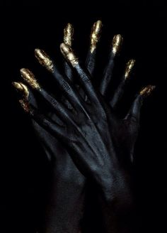 gold tipped finger tips / metallic / otherwordly makeup  / body paint / hands / inspiration