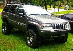 Subtle looking WJ. Auto Jeep, Jeep Zj, Jeep Cars, Us Cars, 1999 Jeep Grand Cherokee, Cherokee Laredo, Jeep Stuff, Black Labs, Cars And Motorcycles