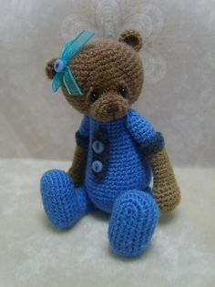 Miniature Crochet Thread Artist Karly Bear by Stefanie Devlin