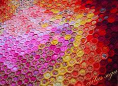 ceitaspasaule: Turpinu tamborēt segu  Beekeepers quilt with crochet twist