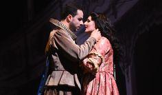 Carlos Cardoso (Il Duca), Daniela Cappiello (Gilda) - foto di Roberto Ricci