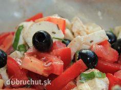 Svieži šalát s olivami