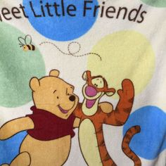 Disney Baby Sweet Little Friends Winnie The Pooh Blanket Tigger Baby Toddler Winnie The Pooh Blanket, Disney Winnie The Pooh, Baby Disney, Baby Mickey Mouse, Hooded Bath Towels, Soft Baby Blankets, Vintage Disney, Wonderful Things, Tigger
