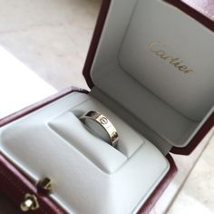 cartier love collection want one so bad! Cartier Men, Cartier Love Ring, Cartier Jewelry, Diamond Jewelry, Cartier Wedding Bands, Wedding Rings, Cartier Love Collection, Cute Jewelry, Jewelry Box
