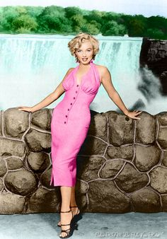 Marilyn Monroe Painting, Marilyn Monroe Photos, Vintage Glamour, Vintage Beauty, Vintage Fashion, Joe Dimaggio, Vintage Hollywood, Classic Hollywood, Female Actresses