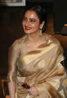 Rekha at the Dadasaheb Phalke Awards ceremony. #Bollywood #Fashion #Style #Beauty