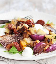 Chorizo-pyttipannu ja vuohenjuusto-kreemiä, resepti – Ruoka.fi